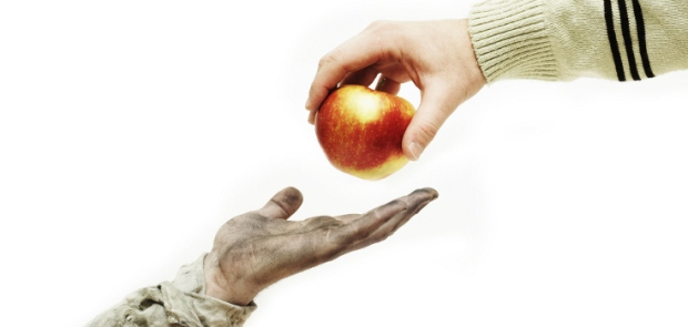 Pahala-memberi-makan-orang-berbuka-puasa