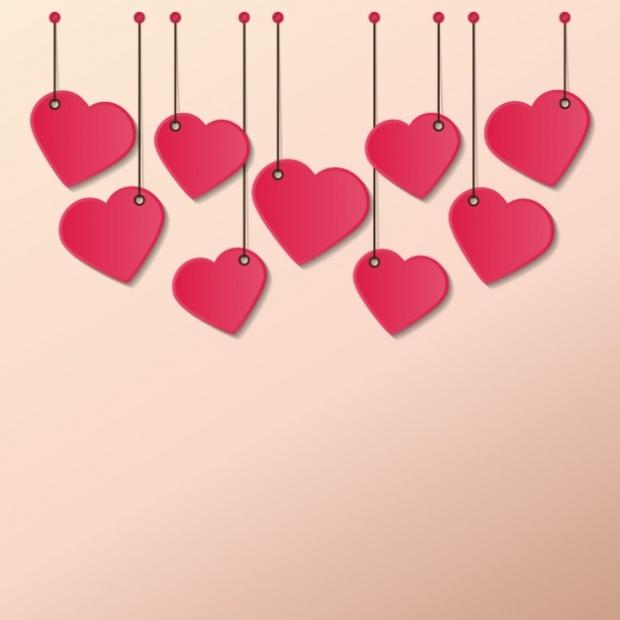 hearts-hanging-ropes_1214-12