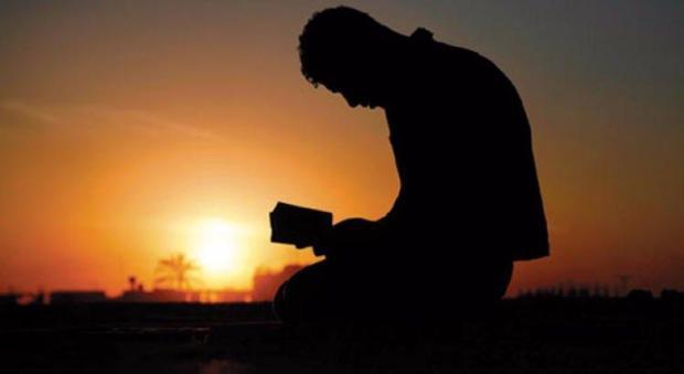 Kultum-Malam-Kedua-Bulan-Ramadhan-Hakikat-Takwa-Bukan-Hanya-Sekedar-Beribadah