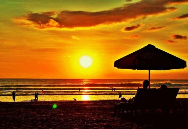 sunset-pantai-kuta-bali_800x548