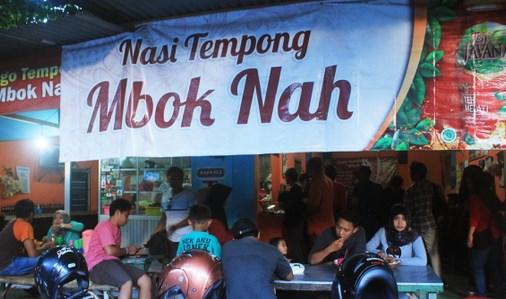 Warung Nasi Tempong Mbok Nah