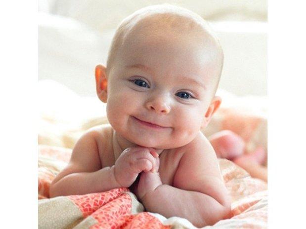 Muka Melas Penuh Mohon Anak Kecil