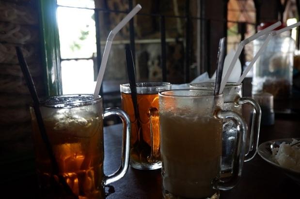 Empat Minuman Untuk Sate Petir Pak Nano